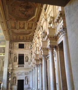 Il Teatro Olimpico da dietro le quinte